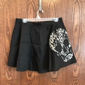 Hot Topic Black Skull Skirt